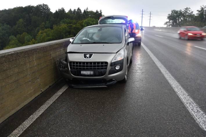 In Goldach SG hat gestern ein 55-Jähriger auf der A1 einen Verkehrsunfall verursacht.
