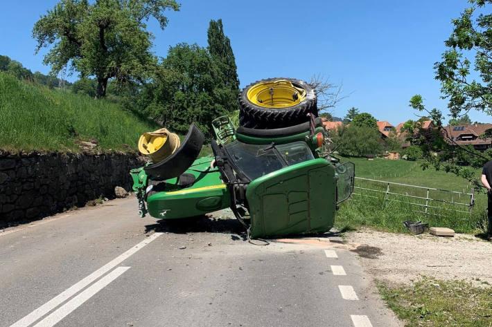 verunfallter Traktor