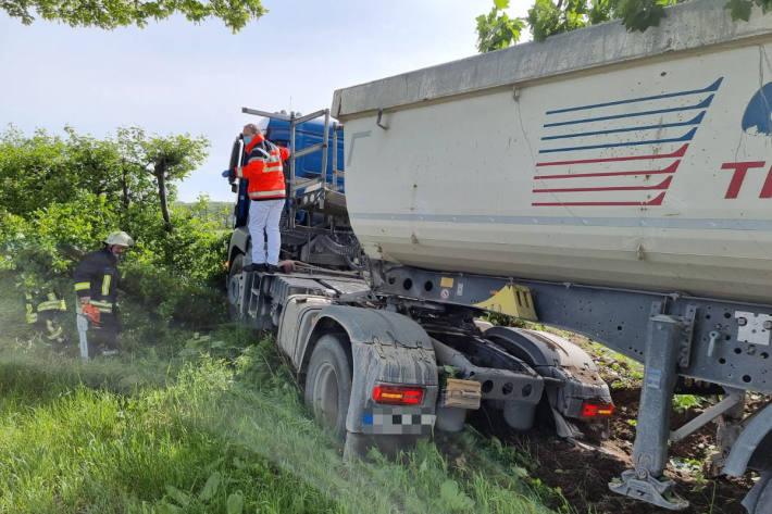 Fahrer erleidet schwere Verletzungen