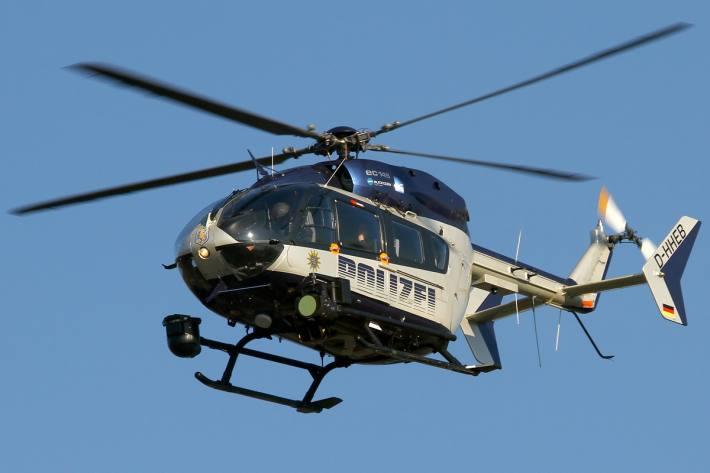 Symbolbild Hubschrauber auf Personensuche