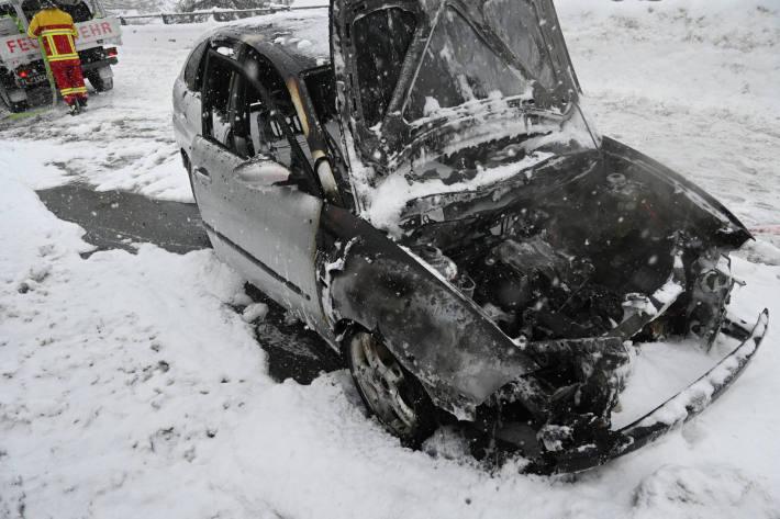 Auto in Gaflei komplett ausgebrannt