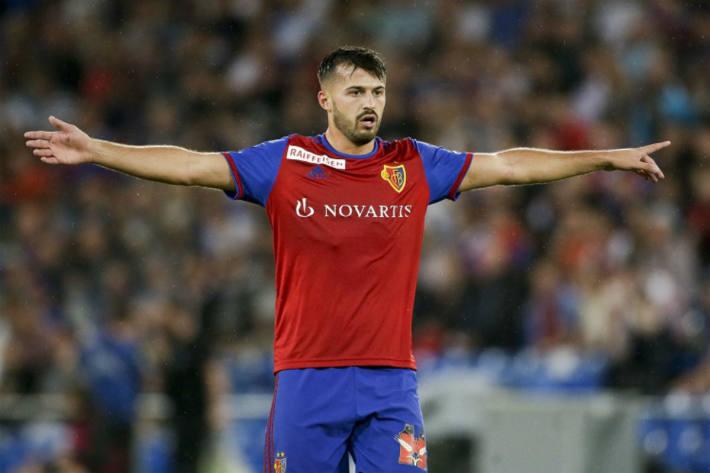 Albian Ajeti wechselt in die Premier League.