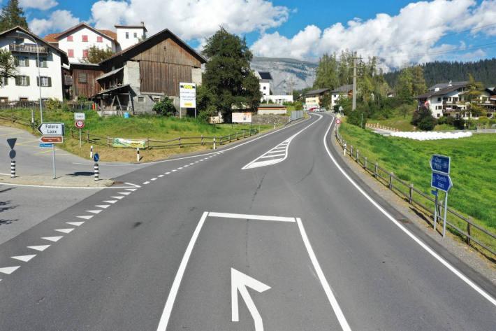 Strassenverlauf bei der Unfallstelle / Drohnenaufnahme