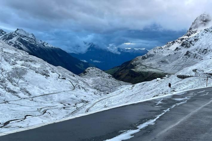 In der kommenden Nacht wird der Schnee in Teilen der Schweiz bis auf rund 1'000 Metern ein Thema.