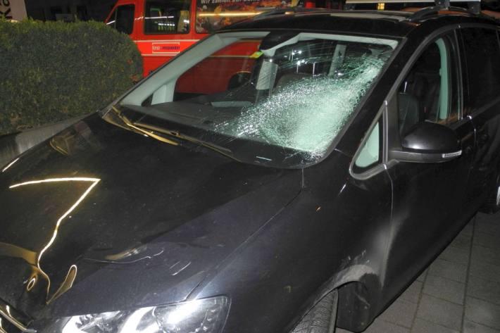 Der E-Bike-Lenker wurde beim Unfall in Lachen SZ schwer verletzt – Die Polizei sucht Zeugen