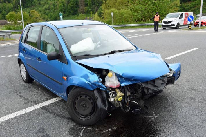 Die beiden Autofahrer wurden in Reiden leicht verletzt