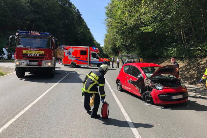 Eine Person bei Verkehrsunfall schwer verletzt