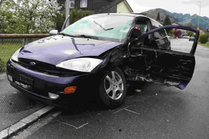 Die Autofahrerin wurde beim Unfall gestern in Widnau SG verletzt.