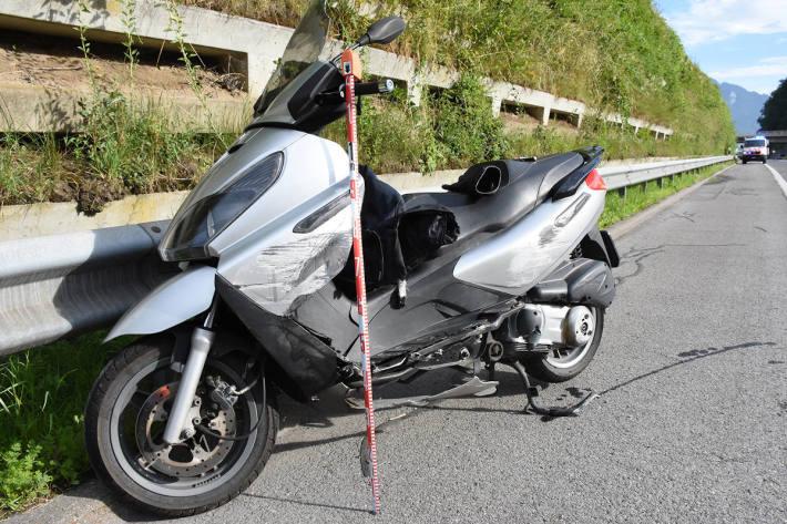 Motorradfahrer tödlich verunfallt auf der A8 bei Sarnen