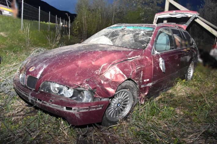 Verletzte Person bei Selbstunfall auf Autobahn in Sennwald