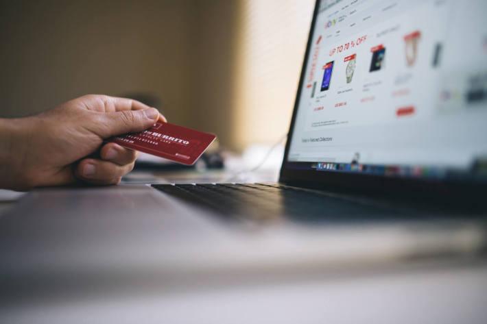 Wir haben für den Einstieg fünf grundlegende Tipps gesammelt, die zu einer Steigerung des Umsatzes beim E-Commerce führen können (Symbolbild)