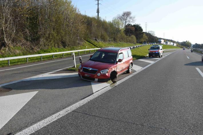 Unfallfahrzeug auf der A1 bei Rorschacherberg