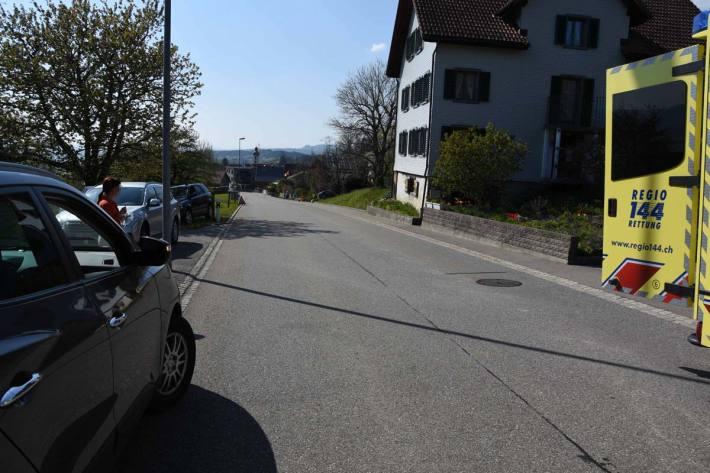 Kind von Auto in Gommiswald angefahren