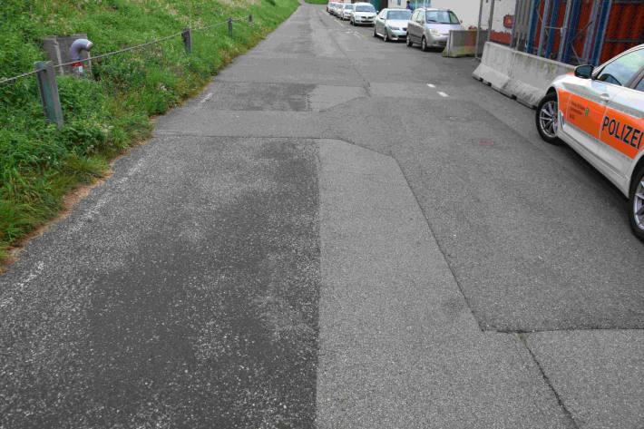 Velofahrer prallt in Fussgängerin in Rapperswil-Jona