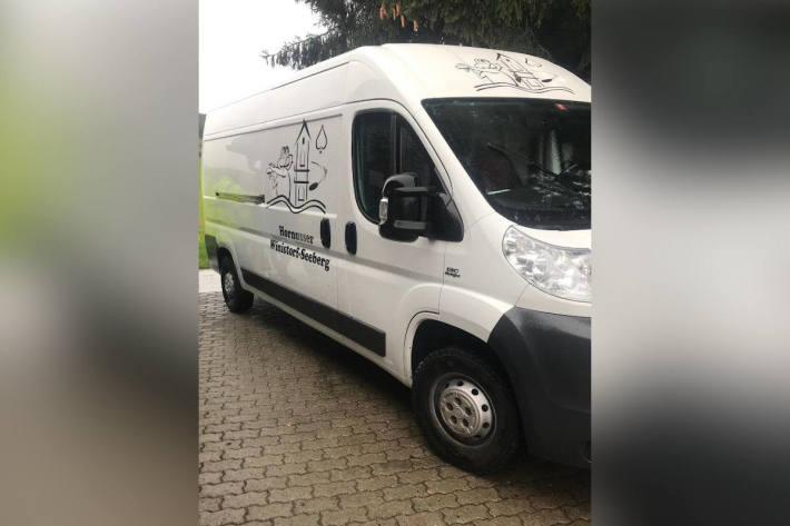 Weisser Lieferwagen der Hornussergesellschaft gestohlen