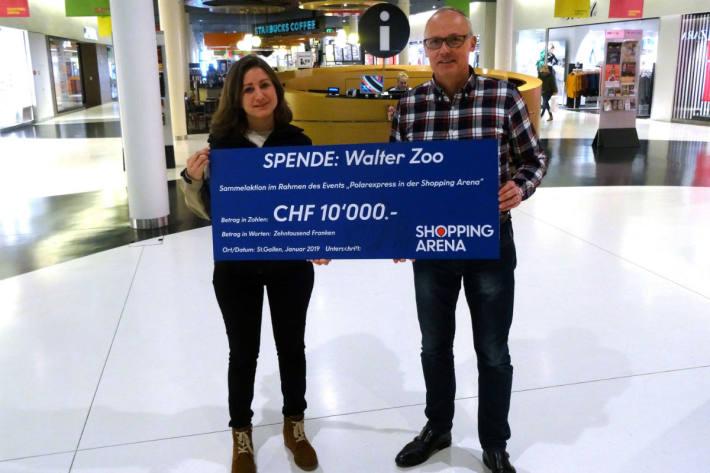Karin Federer, Zoodirektorin der Walter Zoo AG und Marc Schäfer, Centerleiter Shopping Arena