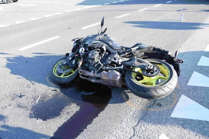 In Bad Ragaz SG verunfallte ein Motorradfahrer.