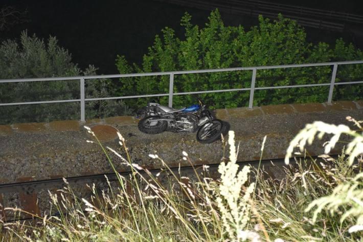In Küblis GR verunfallte gestern ein Motorradlenker erheblich.