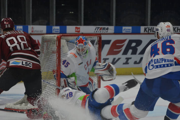 Dinamo Riga unterliegt SKA St. Petersburg im Hallenstadion.