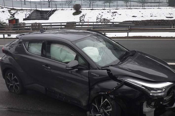 Fahrzeuglenker bei Selbstunfall in Silenen verletzt