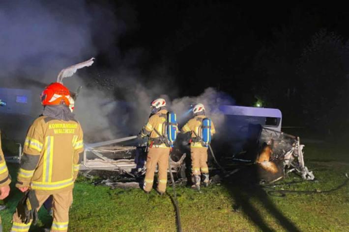Die alarmierte freiwillige Feuerwehr Walchsee konnte den Brand unter Kontrolle bringen und erfolgreich bekämpfen