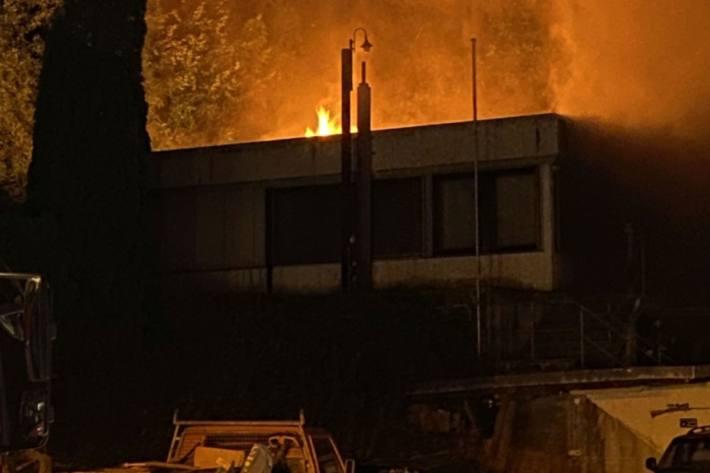 In Liesberg BL brannte es heute morgen früh in einem Einfamilienhaus.