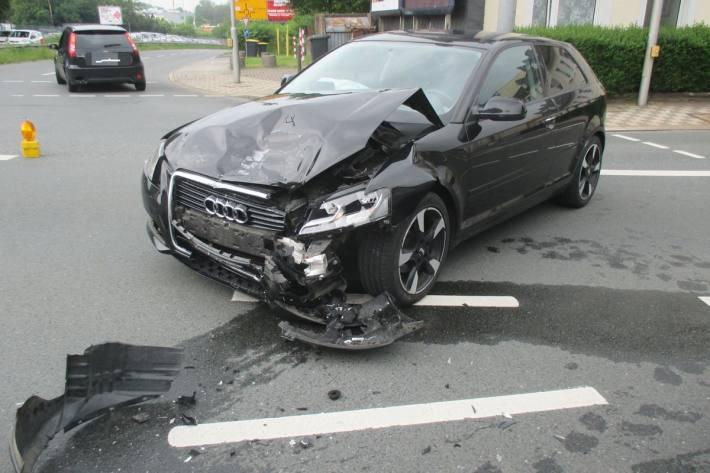 Im Rahmen der Unfallaufnahme stellten die Beamten einen erheblichem Alkoholeinfluss bei dem Velberter fest