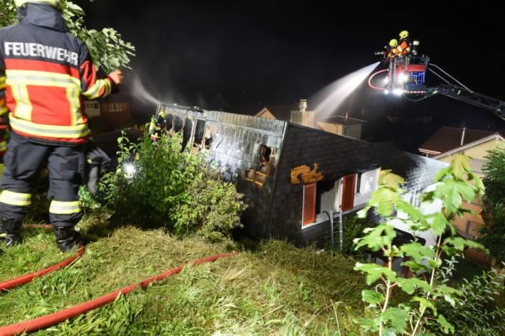 In Emmetten NW brannte es in einem Einfamilienhaus.
