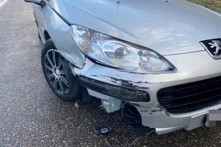 Unfallfahrzeug auf der A3 bei Eiken