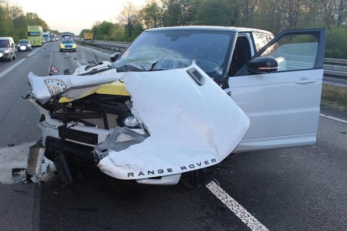 Mit über 200 Stundenkilometern Verkehrsunfall verursacht auf der A1 bei Greven