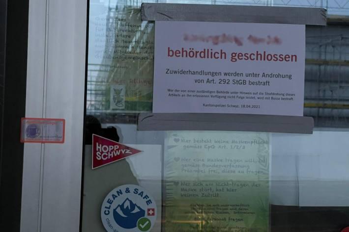 Schwyzer Kinderparadies in Reichenburg SZ wegen Verstössen gegen Corona-Massnahmen geschlossen.