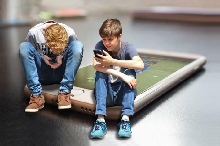 Kinder und Jugendliche leiden unter der Pandemie. (Symbolbild)