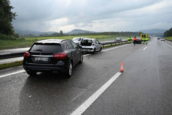 Heftige Auffahrkollision gestern auf der A1 bei Oberbüren SG.