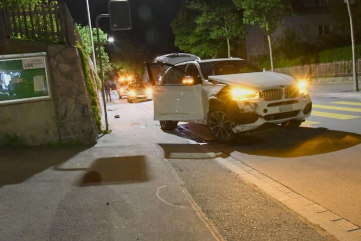 Ein 18-Jähriger löste mit seinem Überholmanöver den Unfall aus.