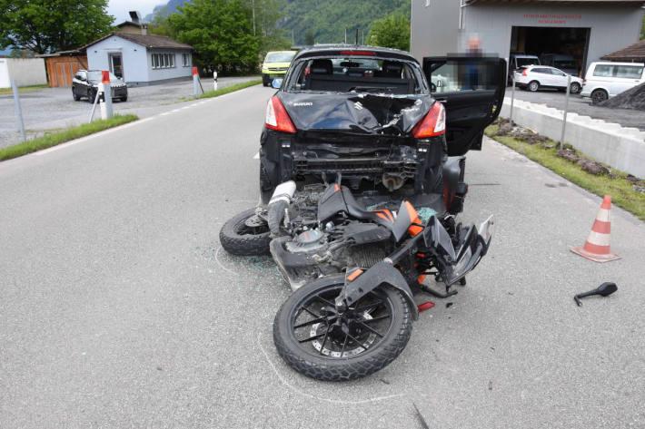 Motorradfahrer nach Auffahrkollision in Walenstadt verletzt