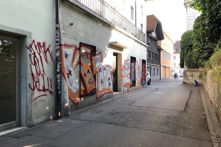 Sachbeschädigung durch Sprayereien in Solothurn