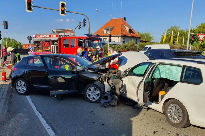 Drei Personen schwer verletzt in Umpferstedt