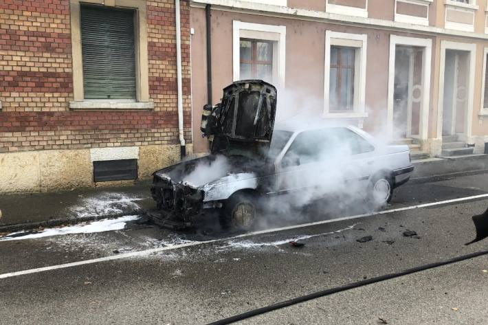 Der Peugeot erlitt Totalschaden.
