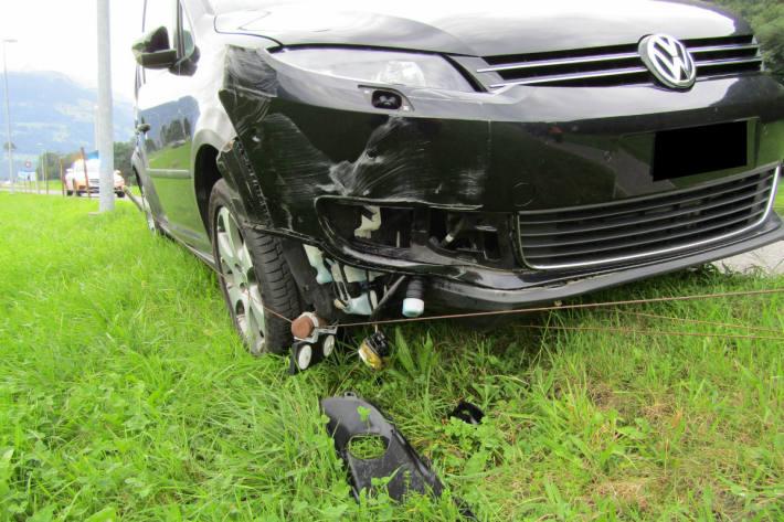 Der Wagen wurde beschädigt.
