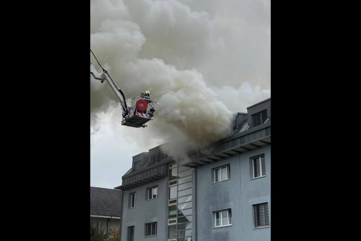 Brand in einer Wohnung in Reinach