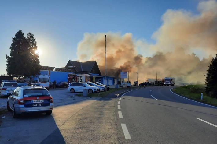 Garagenbrand weitet sich auf Wohnhaus aus