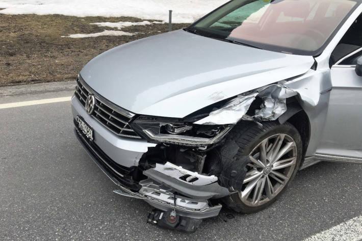 Unfallfahrzeug in Matt GL