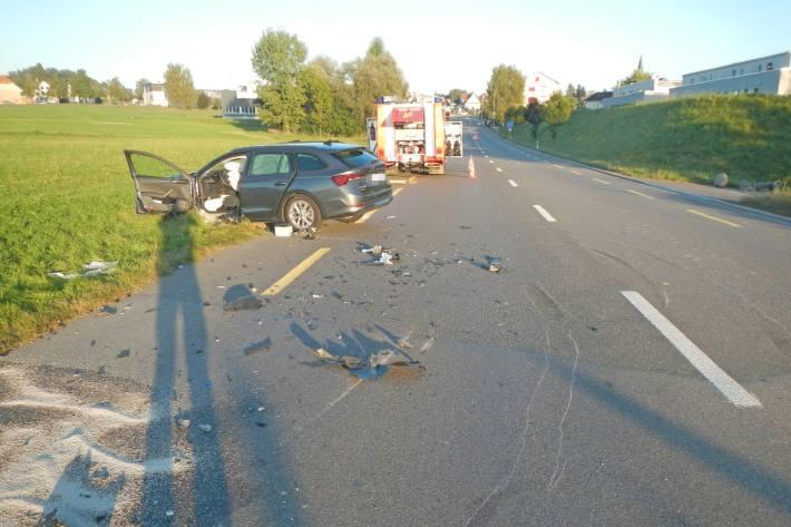 In Sulgen TG kam es gestern zu einem Unfall zwischen einem Auto und einem Lastwagen.