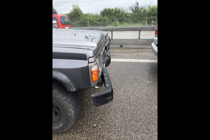 Auffahrunfall auf der Autobahn A3 bei Bilten