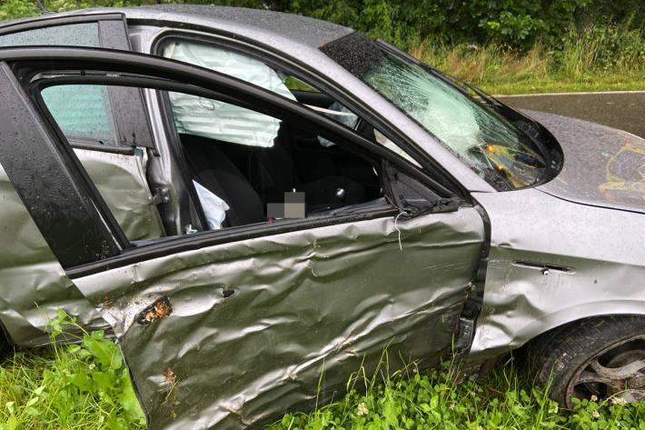 An dem Fahrzeug entstand grosser Sachschaden