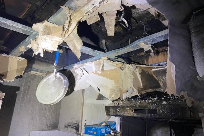 Küche bei Fettbrand komplett zerstört worden in Wohlen