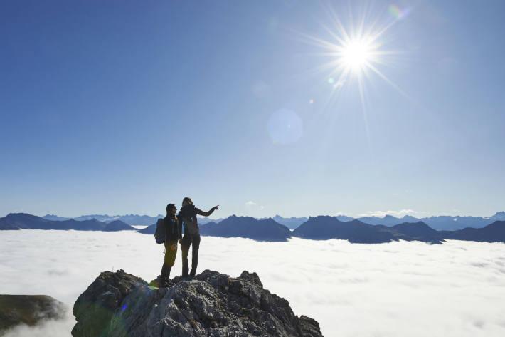 Ausblick über das Nebelmeer am Weisshorn