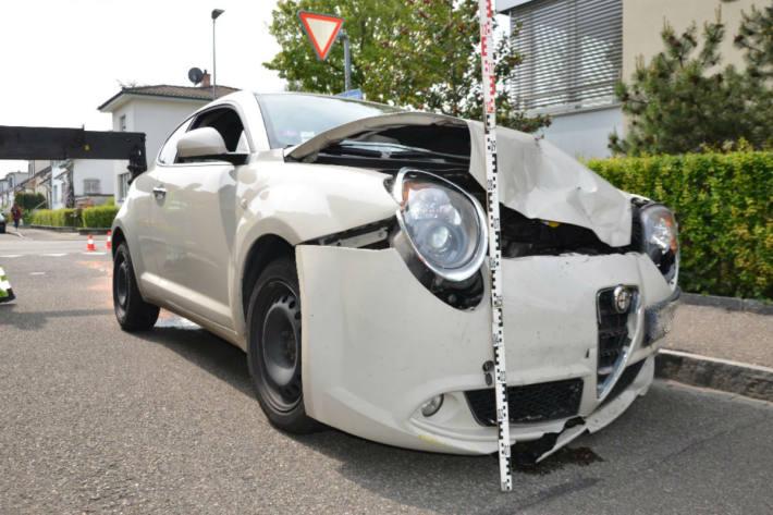 Der Alfa Mito wurde stark beschädigt.