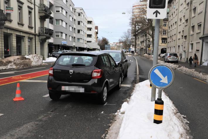 Kollision mit Gegenverkehr in St. Gallen
