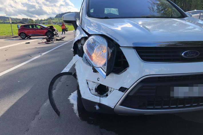 Beim Unfall wurde in Busswil eine Person leicht verletzt